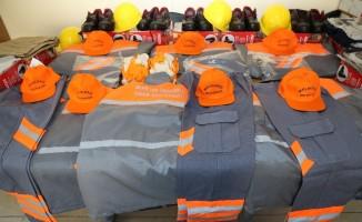 Melikgazi'den çalışanlara kışlık giyim