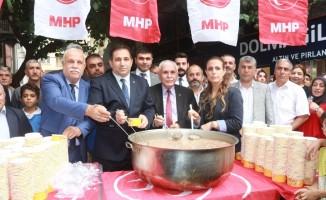 MHP'den 3 bin kişilik aşure dağıtımı