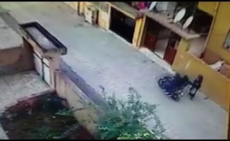 Motosikletli kapkaççı önce kameraya, sonra polise yakalandı
