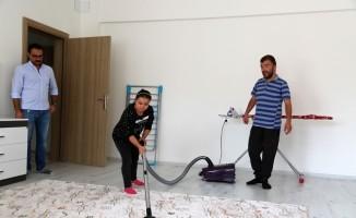 Özel çocuklar, uygulama eviyle hayatı öğreniyor