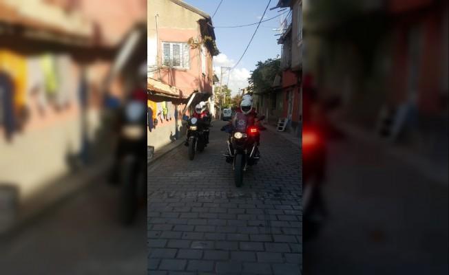 Polise saldıran iki kişi gözaltına alındı