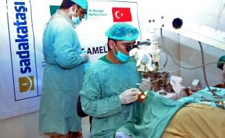 Sadakataşı Derneğinde Etiyopya'da katarakt ameliyatı