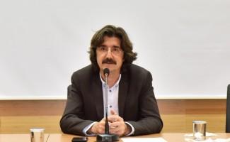 SAÜ'de 'Gerilimli Bir İlişkinin Hikayesi' isimli konferans düzenlendi