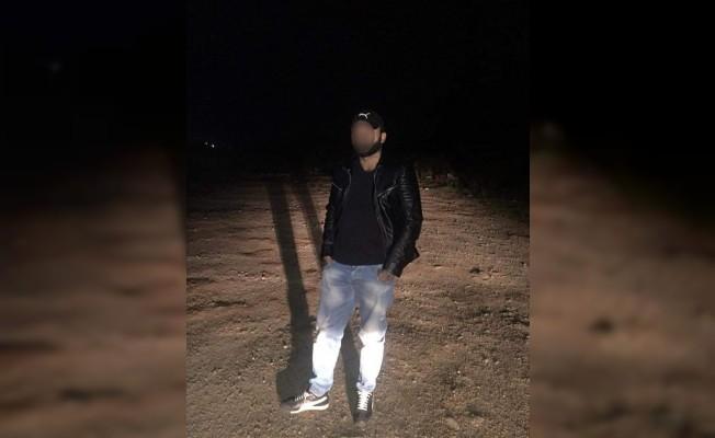 Silahla yaralama olayının zanlısı saklandığı bazada yakalandı