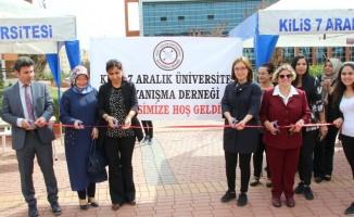 Üniversitede  Kermes