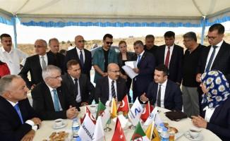 Vali Demirtaş, Mega Petrokimya Endüstri Bölgesi alanında incelemelerde bulundu