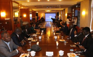 Afrikalı büyükelçi ve ateşeler Anadolu Üniversitesi'nde