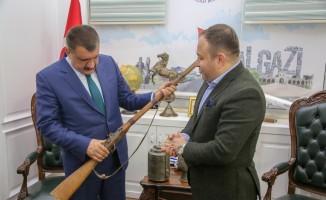 Ata yadigârı eserlerin kent müzesine bağışları devam ediyor
