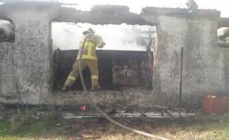 Ayvalık'ta pamuk deposu yangını
