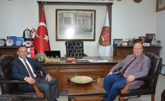 Başkan Özakcan'dan Aydın Barosu'na ziyaret