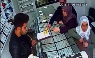 Bileziği çaldılar, güvenlik kamerasını hesaba katmadılar