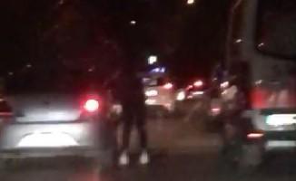 Bursa'da patenli gencin tehlikeli yolcuğu kamerada