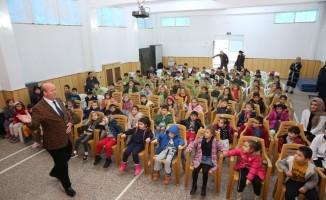 Çocuklara ağız ve diş sağlığı eğitimi verildi