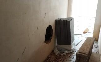 Bursa'da duvarı delip, bilgisayar çaldılar