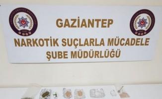 Gaziantep'te 9 ayrı adrese operasyon: 16 gözaltı