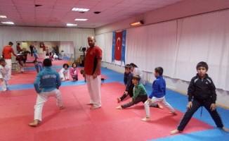 Geleceğin karatecileri yetişiyor