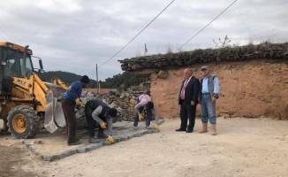 Han'ın cadde ve sokaklarında kilit taşı çalışmaları