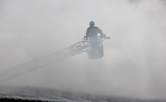 İnşaat işçilerinin kaldığı prefabrikte yangın