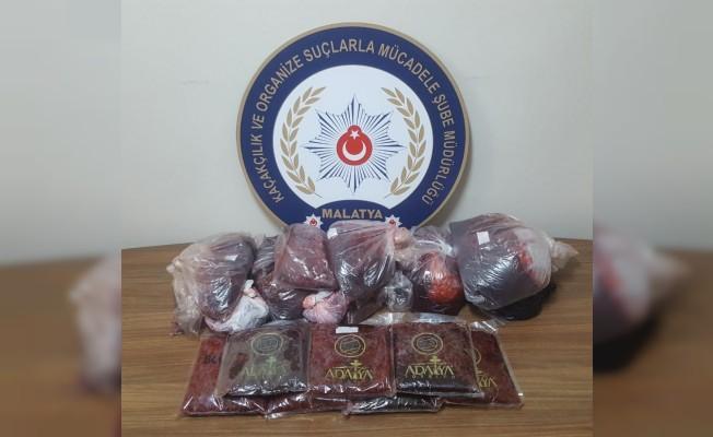 Malatya'da 6 bin 380 paket kaçak sigara ele geçirildi