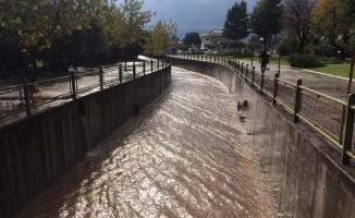 Marmaris'e 175 kilo yağış düştü