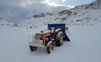 Mersin'de mevsimin ilk karı düştü