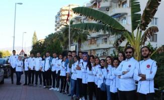 """NEVÜ Öğrencileri """"Altın Kepçe""""den 17 Madalya ve 2 Merit ödülü ile döndü"""