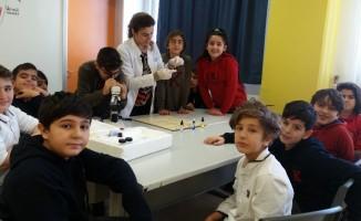 Öğrenciler kan gruplarını öğrendi