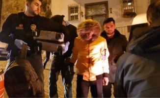 (Özel) Ortaköy'de narkotimler, uyuşturucu satıcısını suç üstü yakaladı