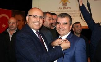 Rıdvan Özüm, AK Parti aday adayları tanıtım toplantısına katıldı