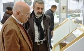 """Serdar Leblebici'nin """"Üç Leyli Gece"""" resim sergisi açıldı"""