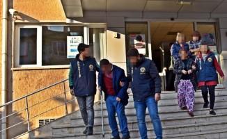 Uşak'tan hırsızlık yapan 3 şüpheli yakalandı