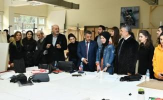 Vali Osman Kaymak, Rektör Bilgiç eşliğinde GSF'yi gezdi