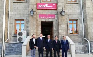 Vali Seymenoğlu, SDÜ yönetimini ağırladı
