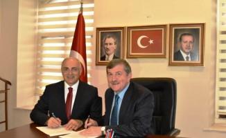 Yıldırımhan, Trabzon Büyükşehir Belediye Başkan aday adaylığı için başvurusunu yaptı
