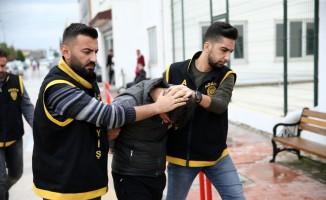 Adana'da kuyumcudan hırsızlık