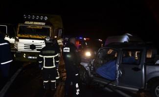 Akseki'de trafik kazası: 1 ölü, 2 yaralı