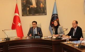 AÜ'de Cumhurbaşkanlığı kariyer etkinlikleri toplantısı