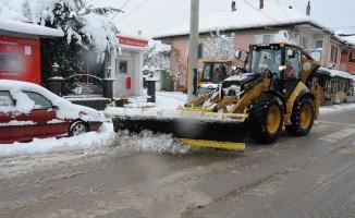 Başiskele karla mücadeleye hazır