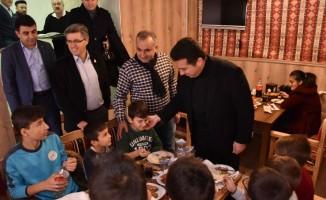 Başkan Bakıcı İdmanyurdu Spor oyuncuları ile buluştu