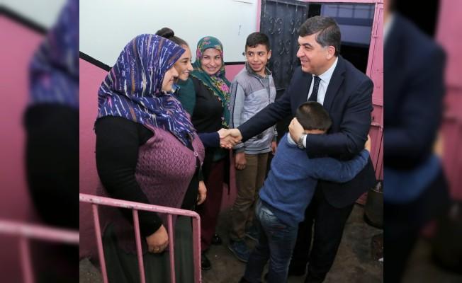 Başkan Fadıloğlu, yetim ailelere umut oluyor