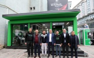 Başkan Toçoğlu Dükkan54'ü ziyaret etti