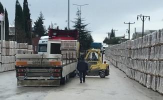 Bilecik'te OSB içindeki yola malzeme koyan fabrikalardan sürücüler şikâyetçi