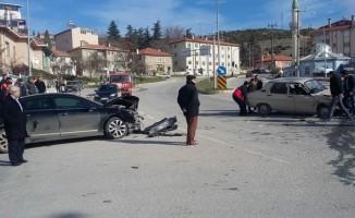 Emet'te trafik kazası: 5 yaralı