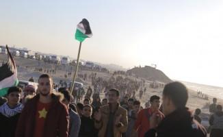 İsrail askerleri gerçek mermiyle saldırdı: 11 yaralı