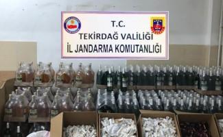 Jandarmadan kaçak içki imalathanesine baskın
