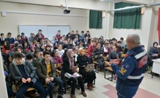 Jandarmadan öğrencilerin güvenliği için yoğun mesai