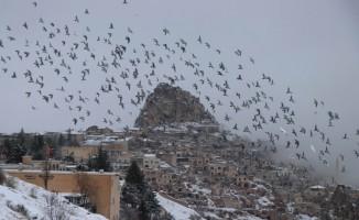 Kapadokya'da kar kartpostallık görüntüler ortaya çıkardı