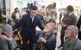 MHP Adayı Akın, Koçarlı'da vatandaşlarla bir araya geldi