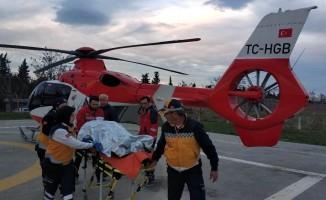 Ormanda mantar toplarken vuruldu, helikopterle hastaneye yetiştirildi