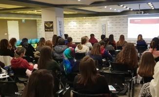 Sağlıklı ve mutlu hamilelik için Medicana Gebe Okulu açıldı